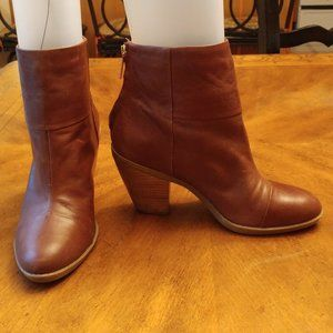 "BANDOLINO BROWN LEATHER 3"" HEEL BOOTIES SIZE 6 M"